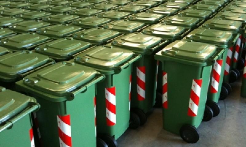 bidoni-magazzino-2010.jpg